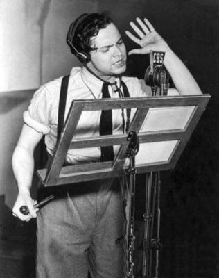 Noticiario: La guerra de los mundos por Orson Wells CBS (1938)